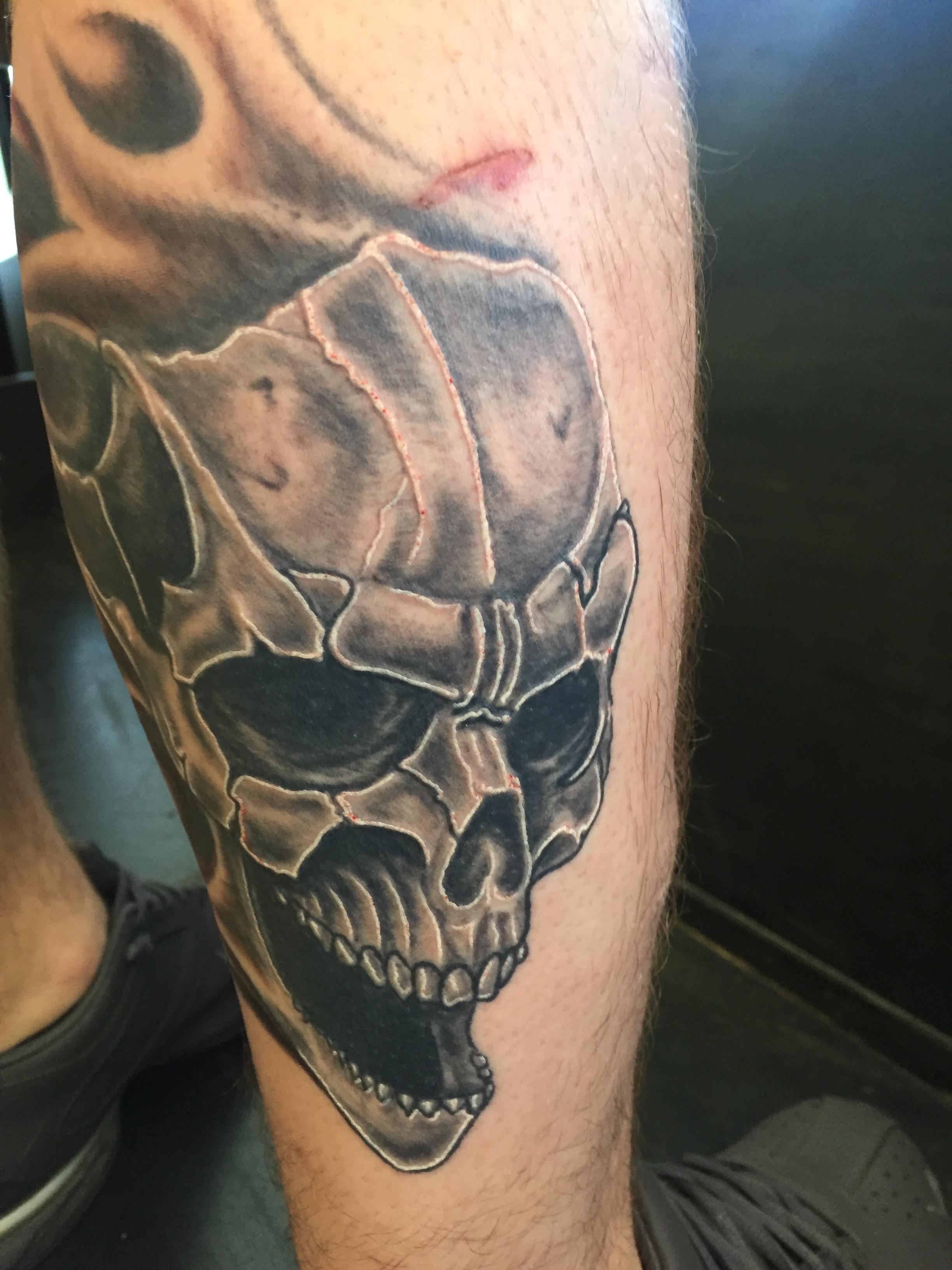 evil skull calf shaded black