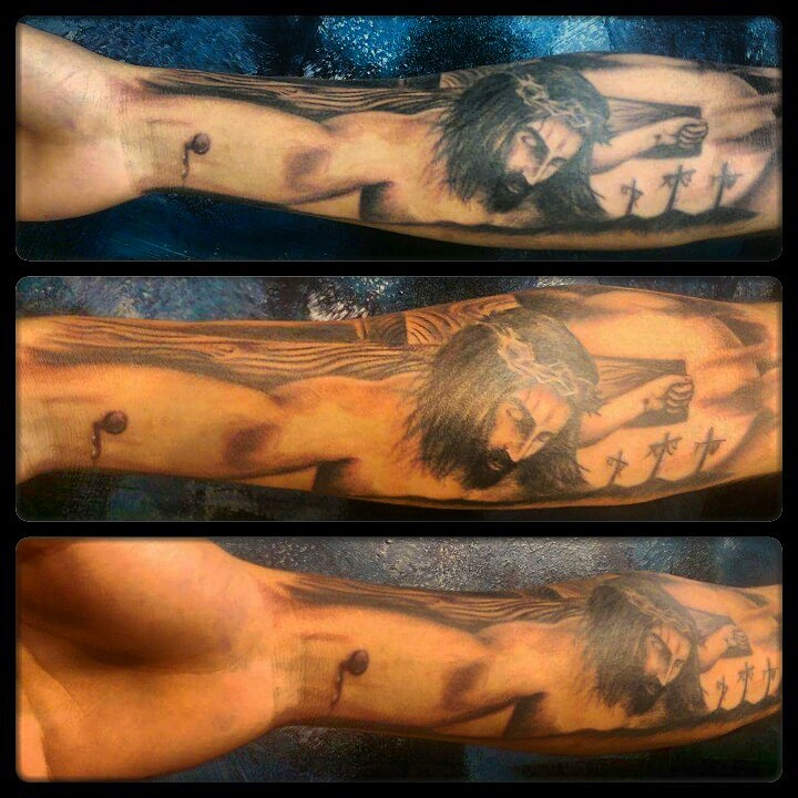 jesus on the cross tattoo